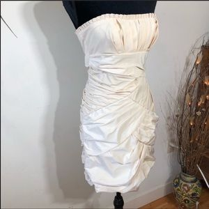 Max & Cleo Cream Strapless Mini Dress Size 2